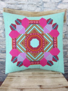 My finished EPP pillow